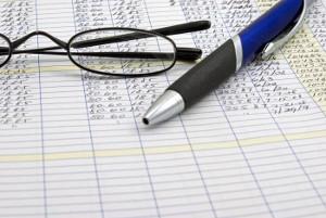Обязан ли руководитель бюджетного учреждения разъяснять работнику порядок начисления зарплаты