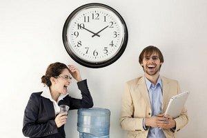 Рабочее время сократили для сотрудников