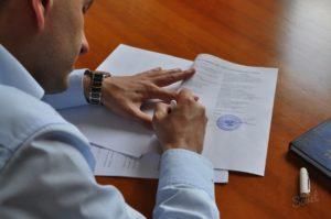Доверенность от юридического лица сотруднику на подписание договоров