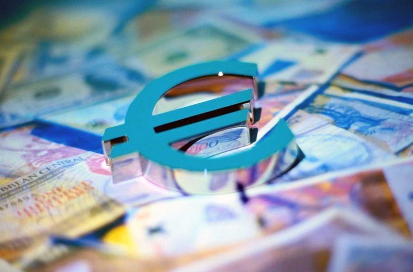 Средние зарплаты в Болгарии